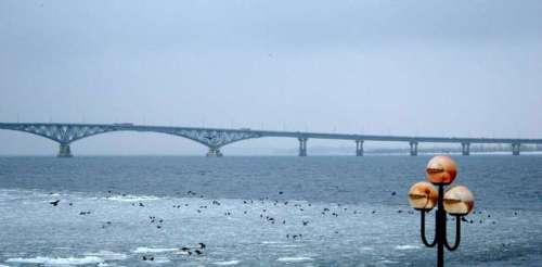 volga-saratov-bridge